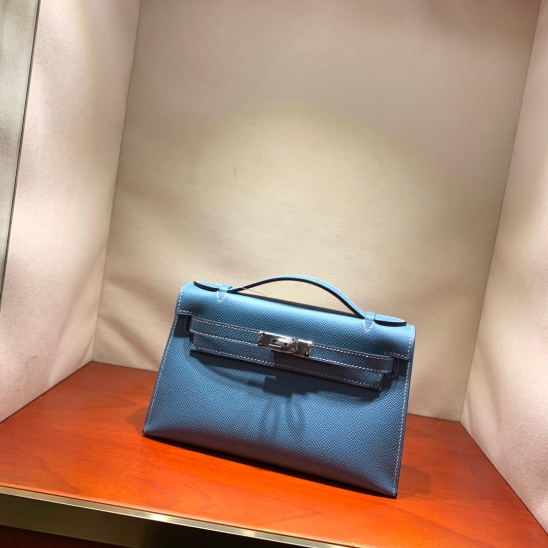 爱马仕包包批发 Kelly Pochette 22cm 法国顶级Epsom 75 Blue Jean 牛仔蓝 银扣 顶尖工艺