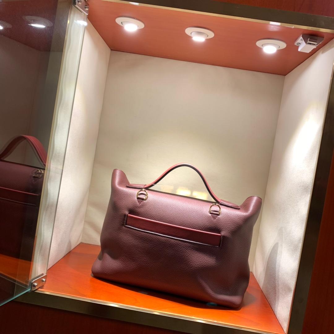 爱马仕包包批发 24-24Kelly 29cm 法国顶级Taurillon maurice 57 Bordeaux 波尔多酒红 金扣 顶尖工艺 手缝蜜蜡线缝制