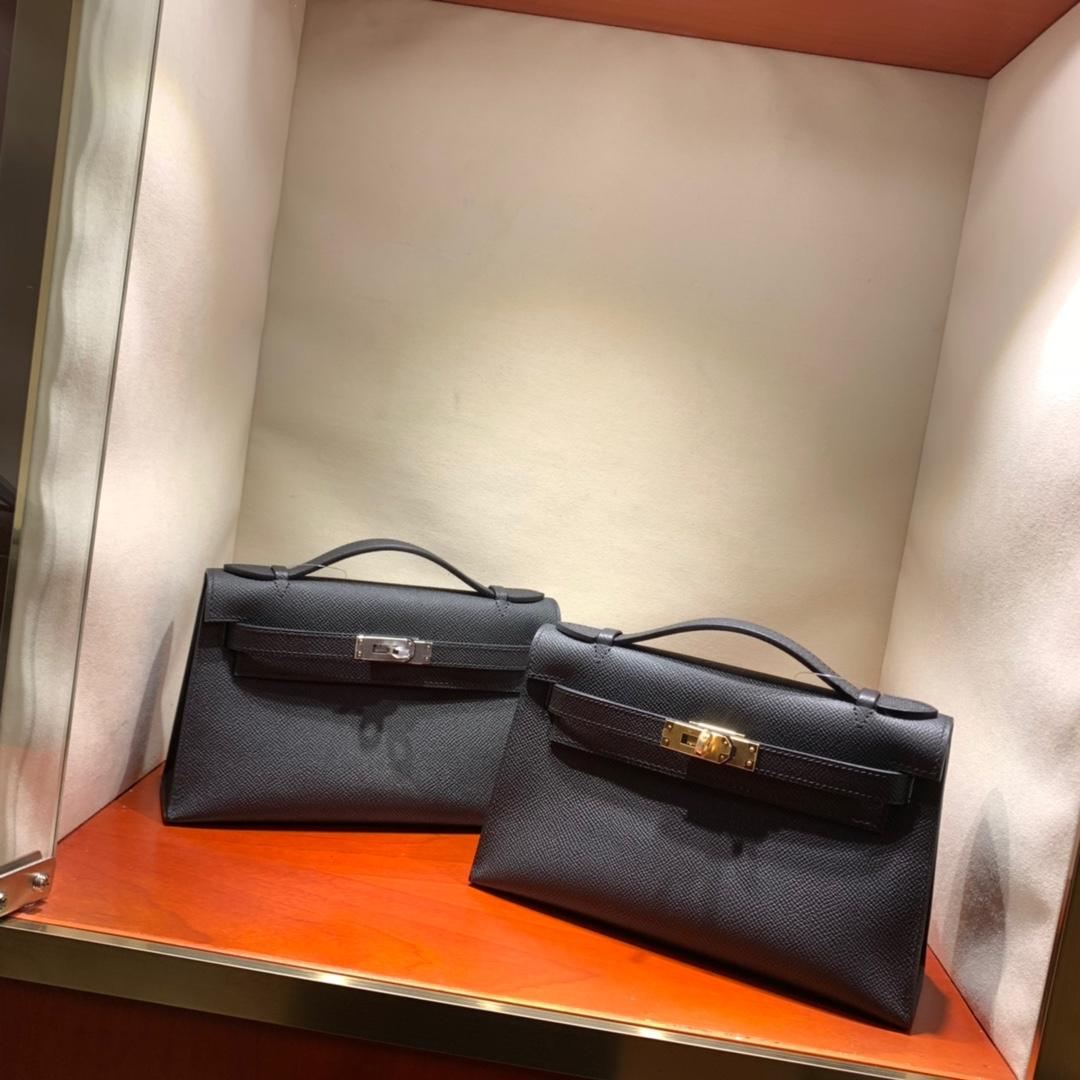 爱马仕包包批发 Kelly Pochette 22cm 法国顶级Epsom 89 Noir 黑色 金银扣 顶尖工艺