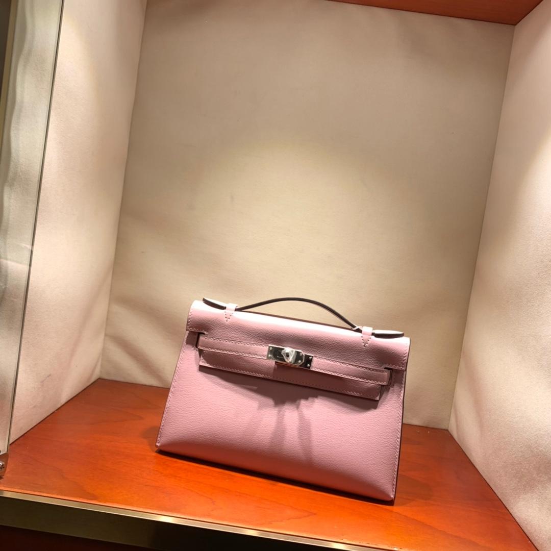 爱马仕包包批发 Kelly Pochette 22cm 法国顶级Swift 3Q Rose Sakura 芭比粉 银扣 顶尖工艺