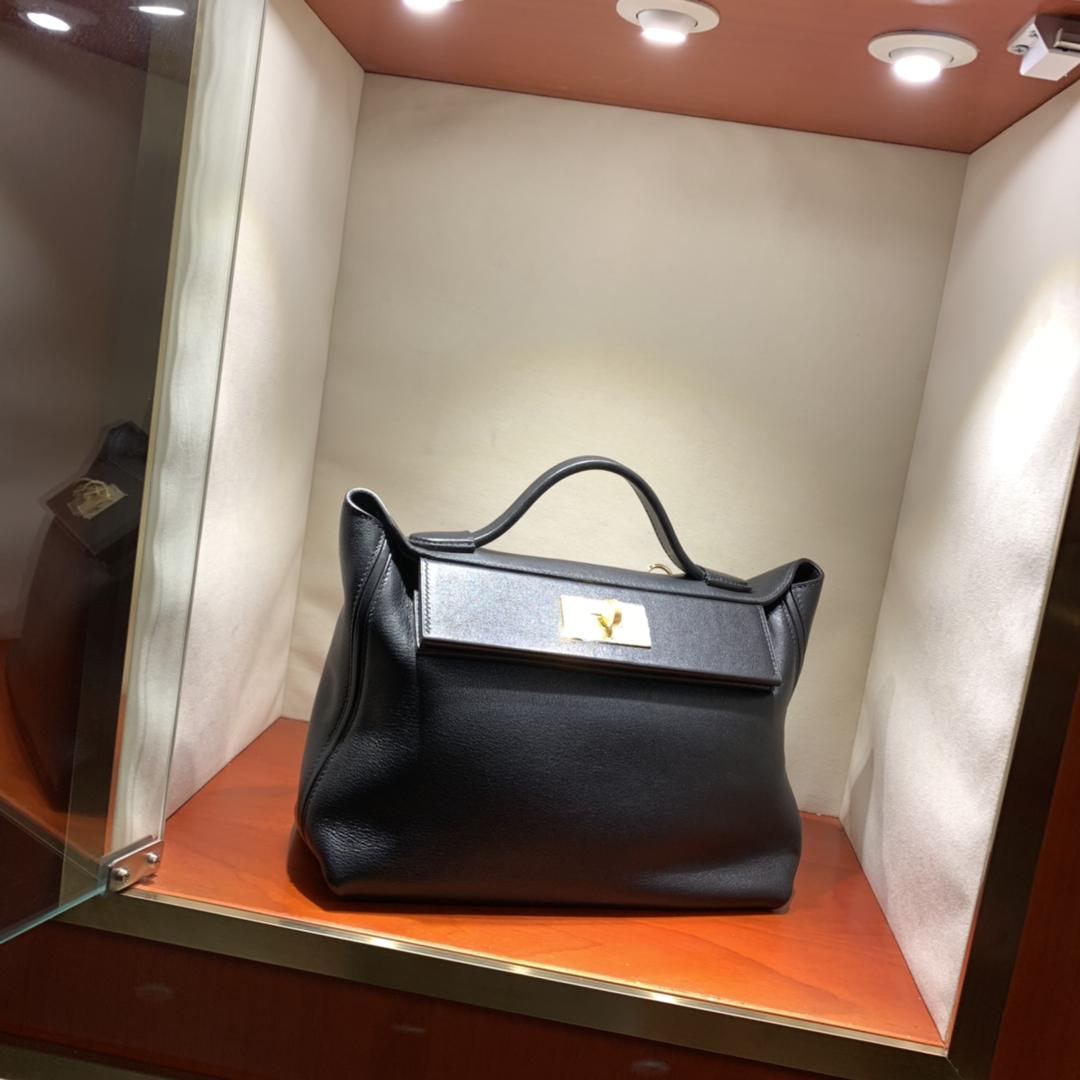 爱马仕包包批发 24-24Kelly 29cm 法国顶级Taurillon maurice 89 Noir 黑色 金扣 顶尖工艺 手缝蜜蜡线缝制