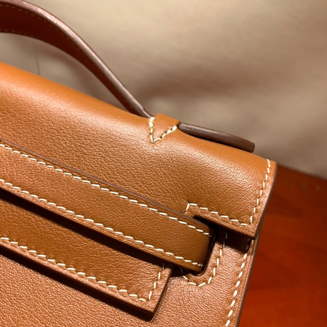 爱马仕包包批发 Kelly Pochette 22cm 法国顶级Swift 37 Gold 金棕 金扣 顶尖工艺