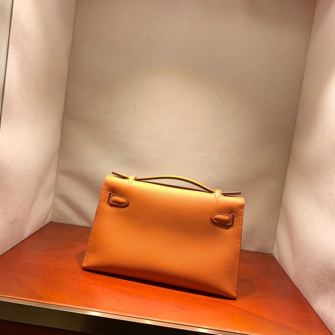 爱马仕包包批发 Kelly Pochette 22cm 法国顶级Epsom 93 Orange 橙色 金扣 顶尖工艺