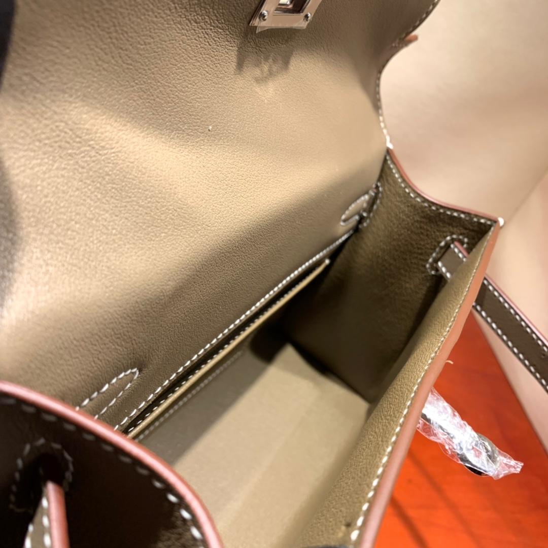 爱马仕包包批发 Kelly Pochette 22cm 法国顶级Swift 18 Etoupe 大象灰 银扣 顶尖工艺