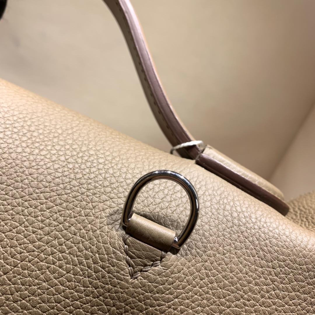 爱马仕包包批发 24-24Kelly 29cm 法国顶级Togo 18 Etoupe 大象灰 金扣 顶尖工艺 手缝蜜蜡线缝制
