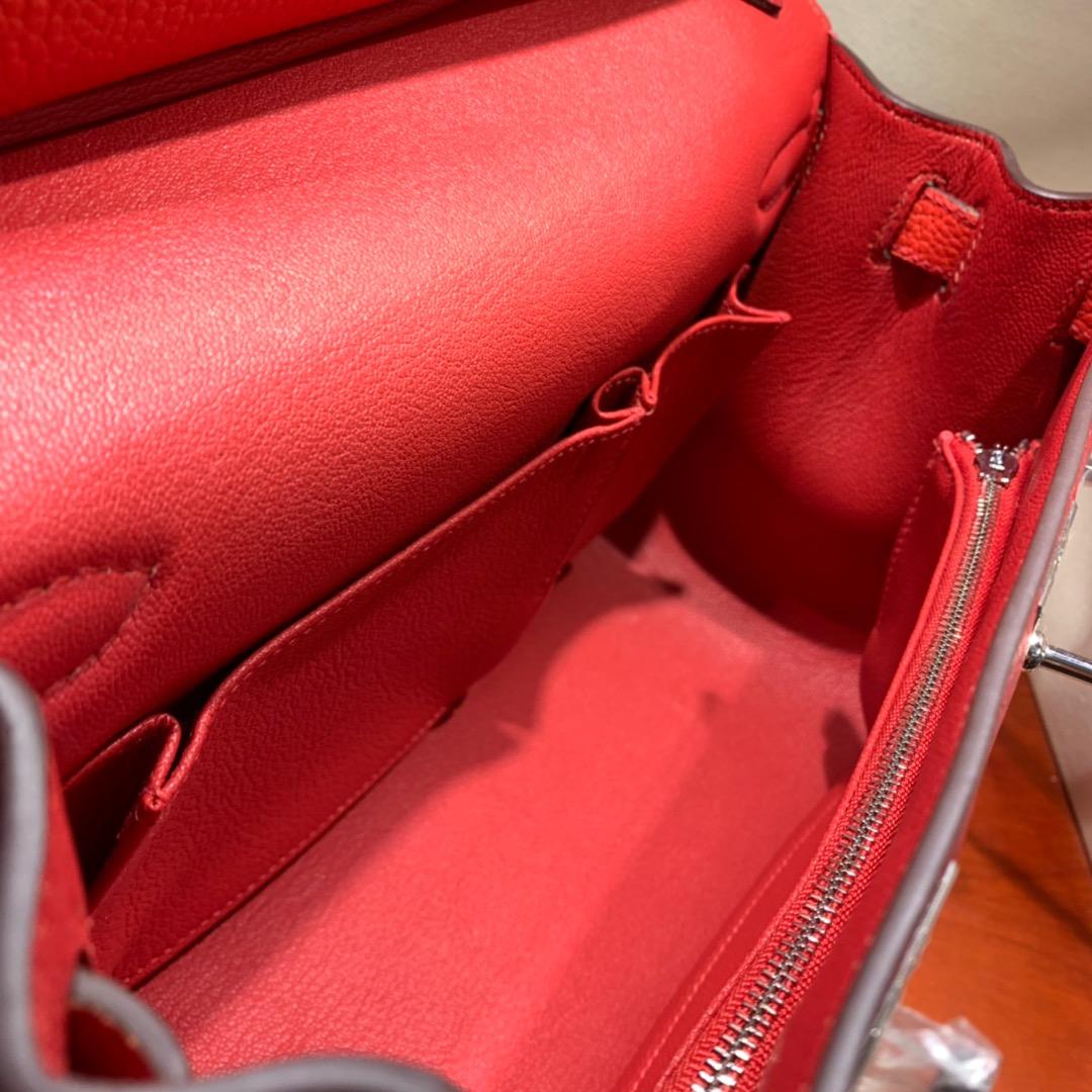 爱马仕包包 Jypsiere 28cm Clemence Q5中国红拼S5中国红 银扣 手缝蜜蜡线