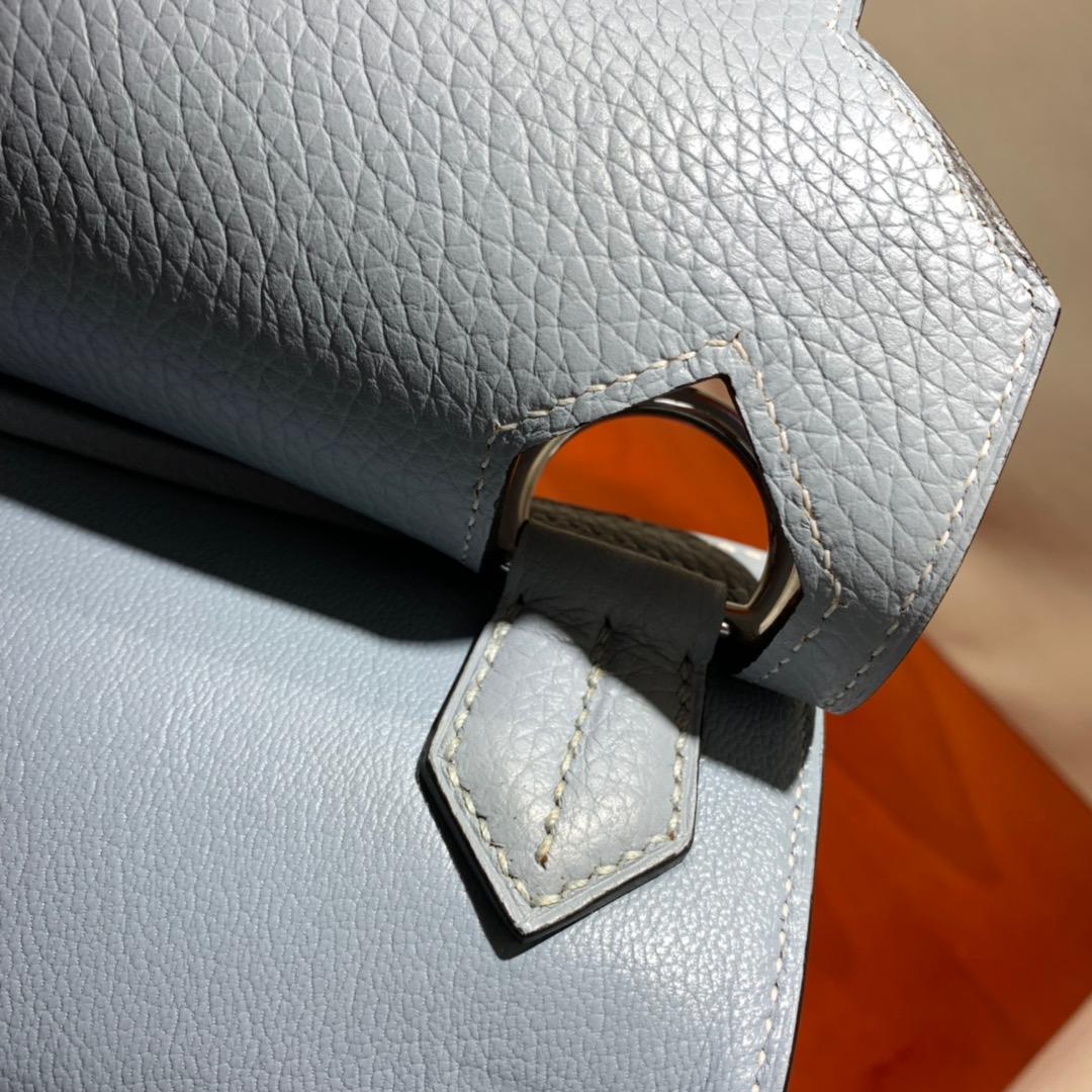 爱马仕包包 Jypsiere 34cm Clemence J7亚麻蓝 银扣 手缝蜜蜡线