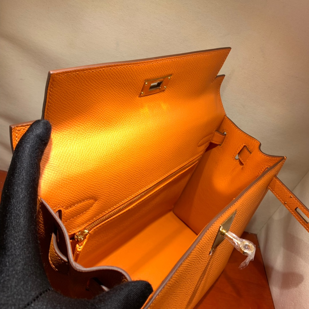 爱马仕凯莉包 Kelly28cm Epsom 93橙色 金扣 蜜蜡线手缝