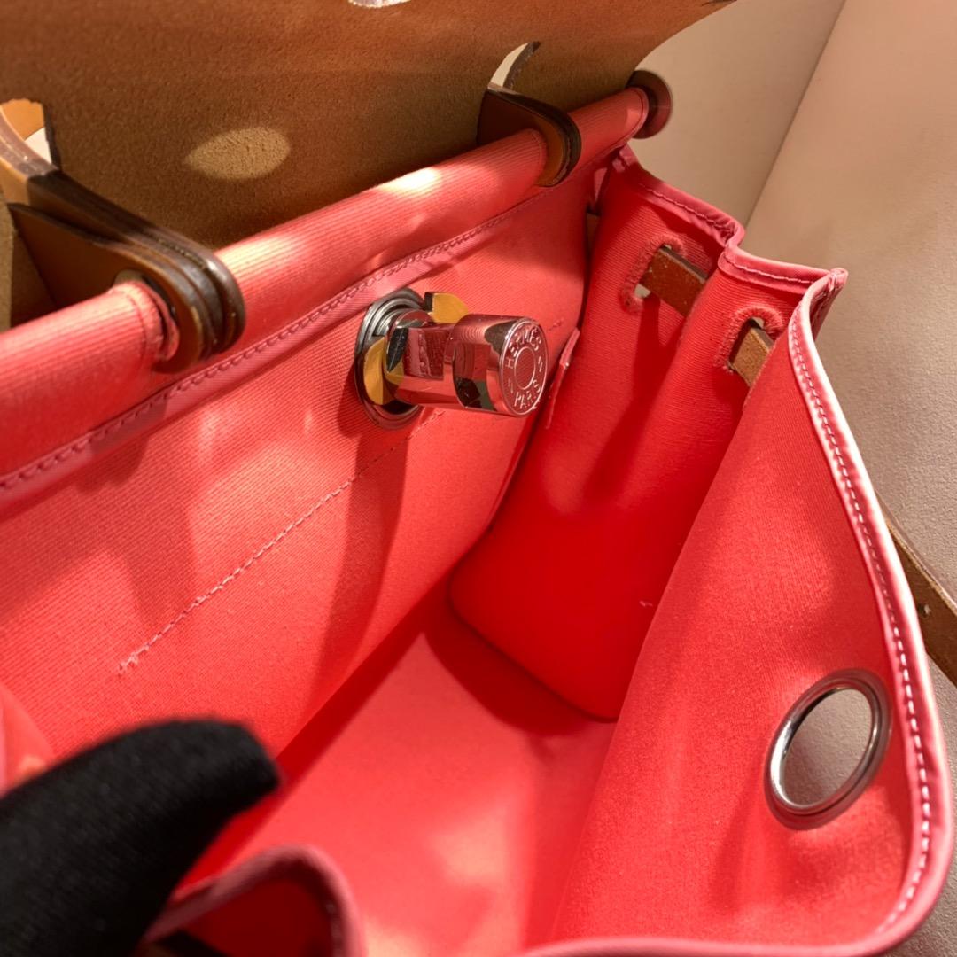 爱马仕包包批发 Herbag 31cm Rose Azalee/Fauev 手缝蜡线顶级工艺
