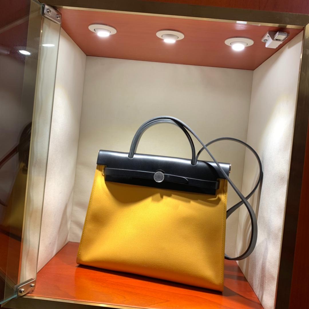 爱马仕包包批发 Herbag 31cm Jaune Amber/Noir 手缝蜡线顶级工艺