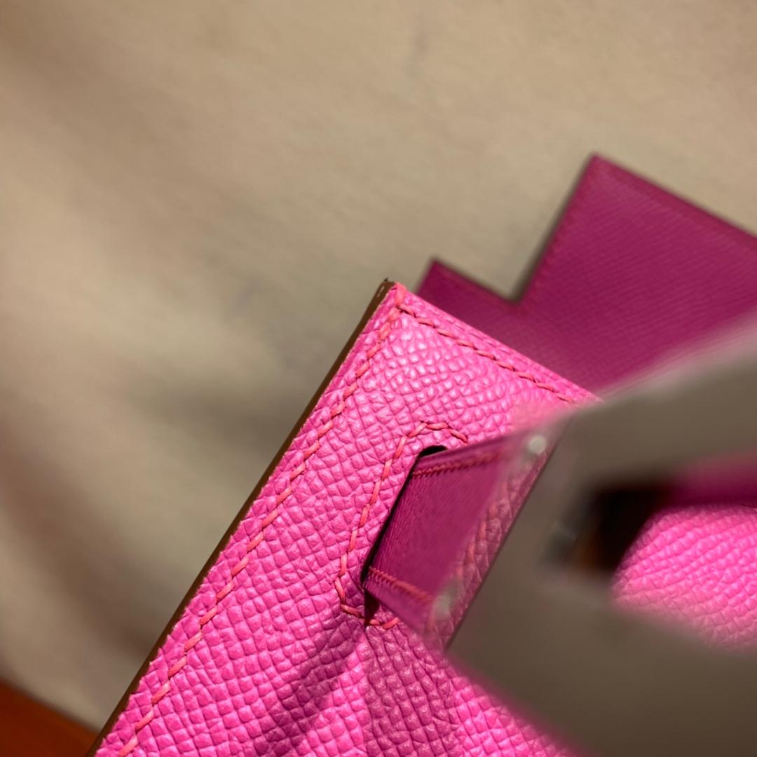 爱马仕凯莉包 Kelly28cm Epsom 9I玉兰粉 金-银扣 蜜蜡线手缝