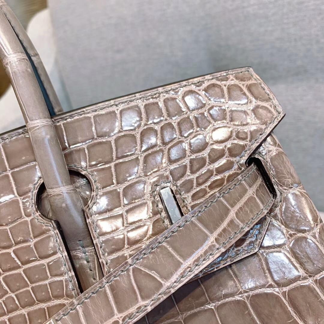 爱马仕包包 Birkin铂金包 30cm Shiny Niloticus亮面两点尼罗鳄 18大象灰 银扣 蜜蜡线全手缝