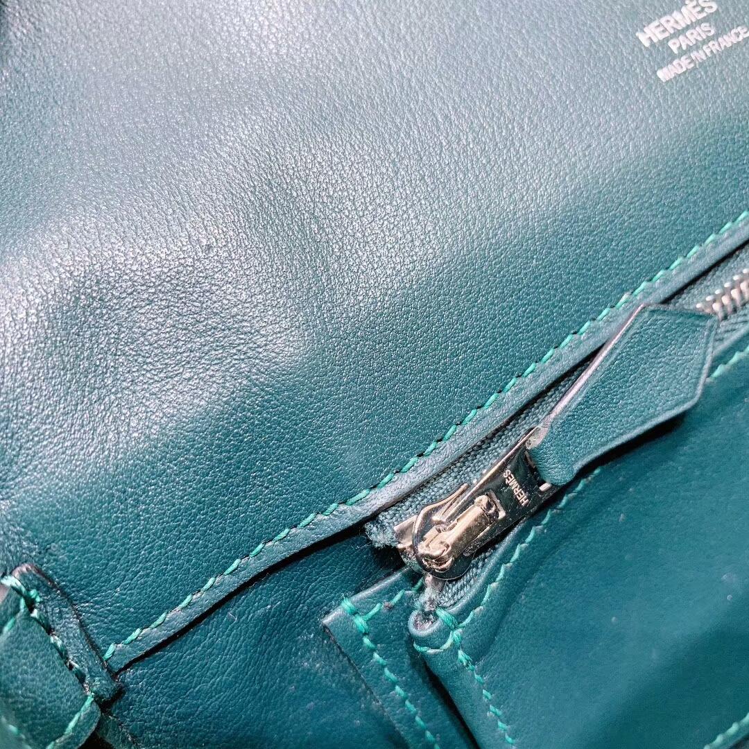 爱马仕包包批发 Berline 20cm Swift 60松柏绿 银扣 蜜蜡线手缝