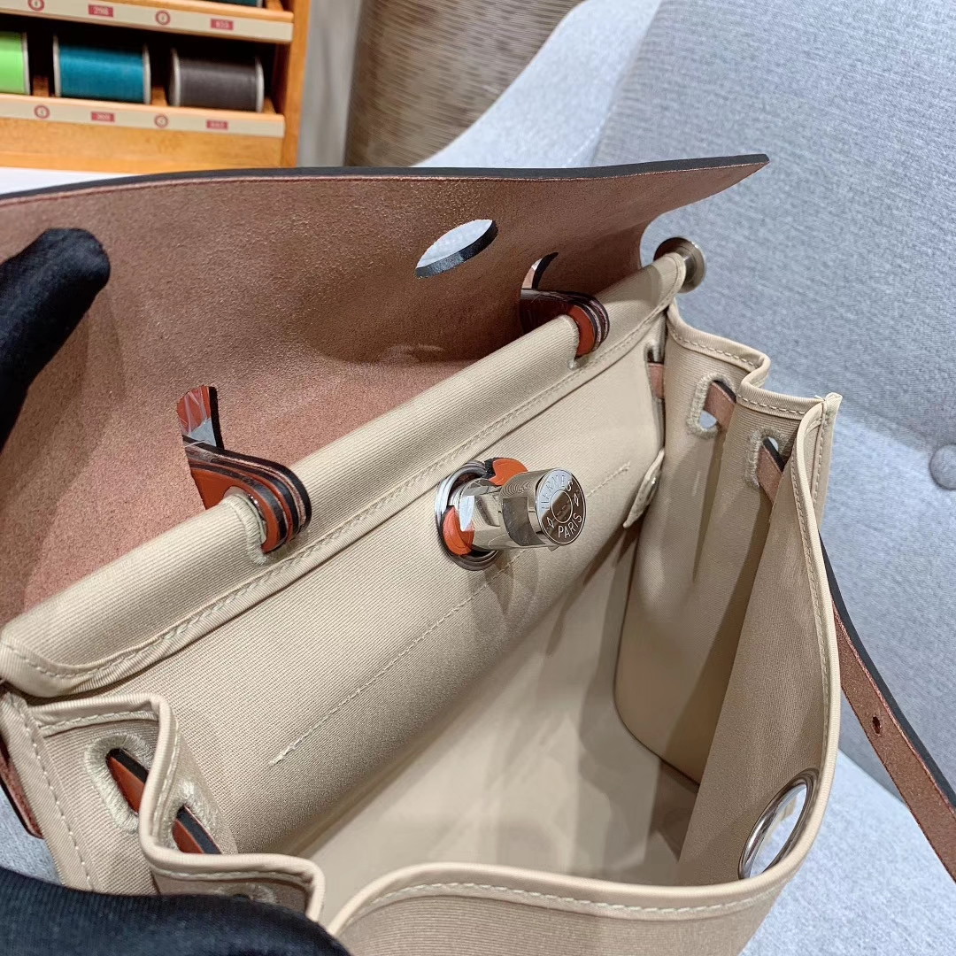 爱马仕包包 Herbag 31cm S2风衣灰 蜡线全手缝