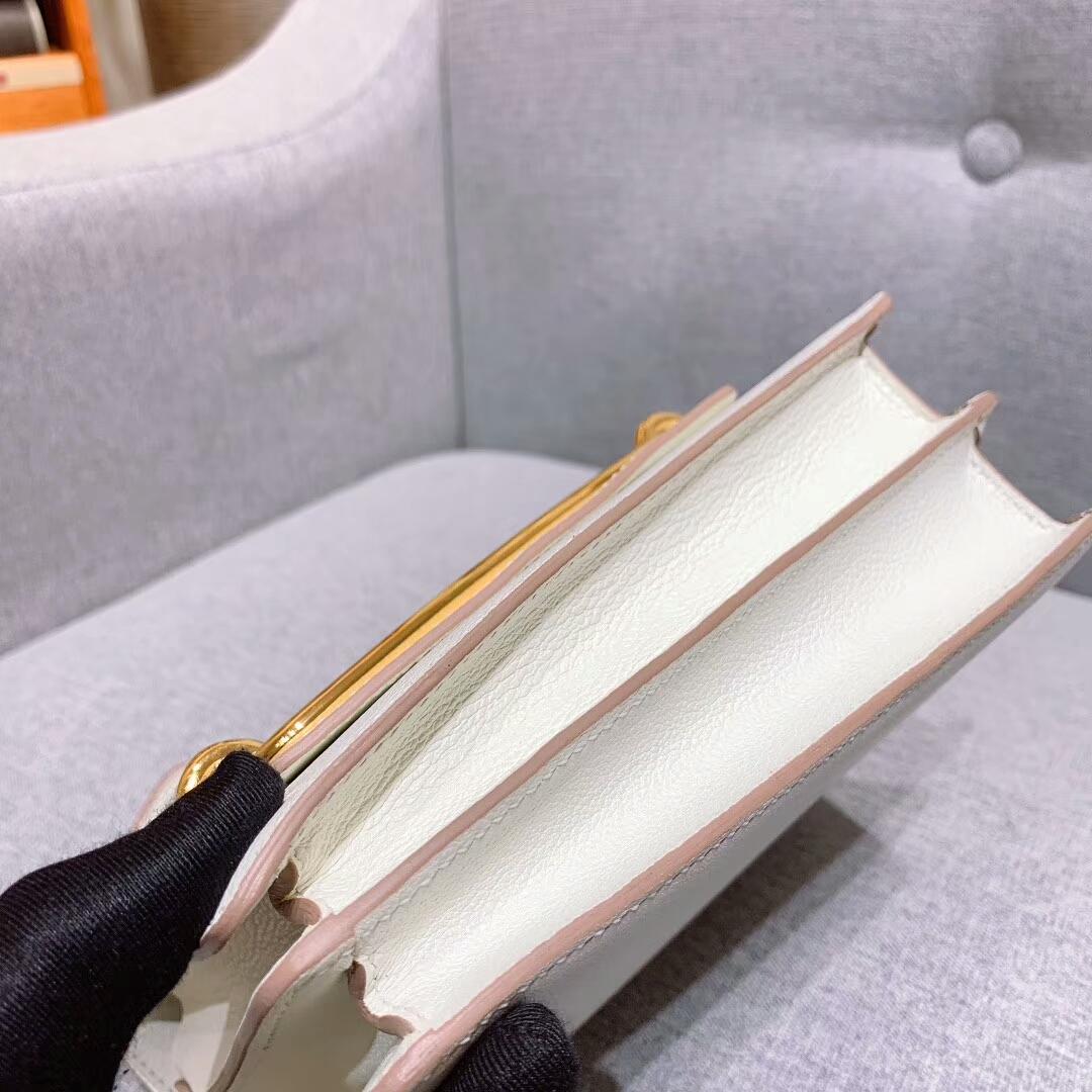 爱马仕猪鼻子 Roulis 19cm Evercolor 10奶昔白 金扣 蜜蜡线手缝