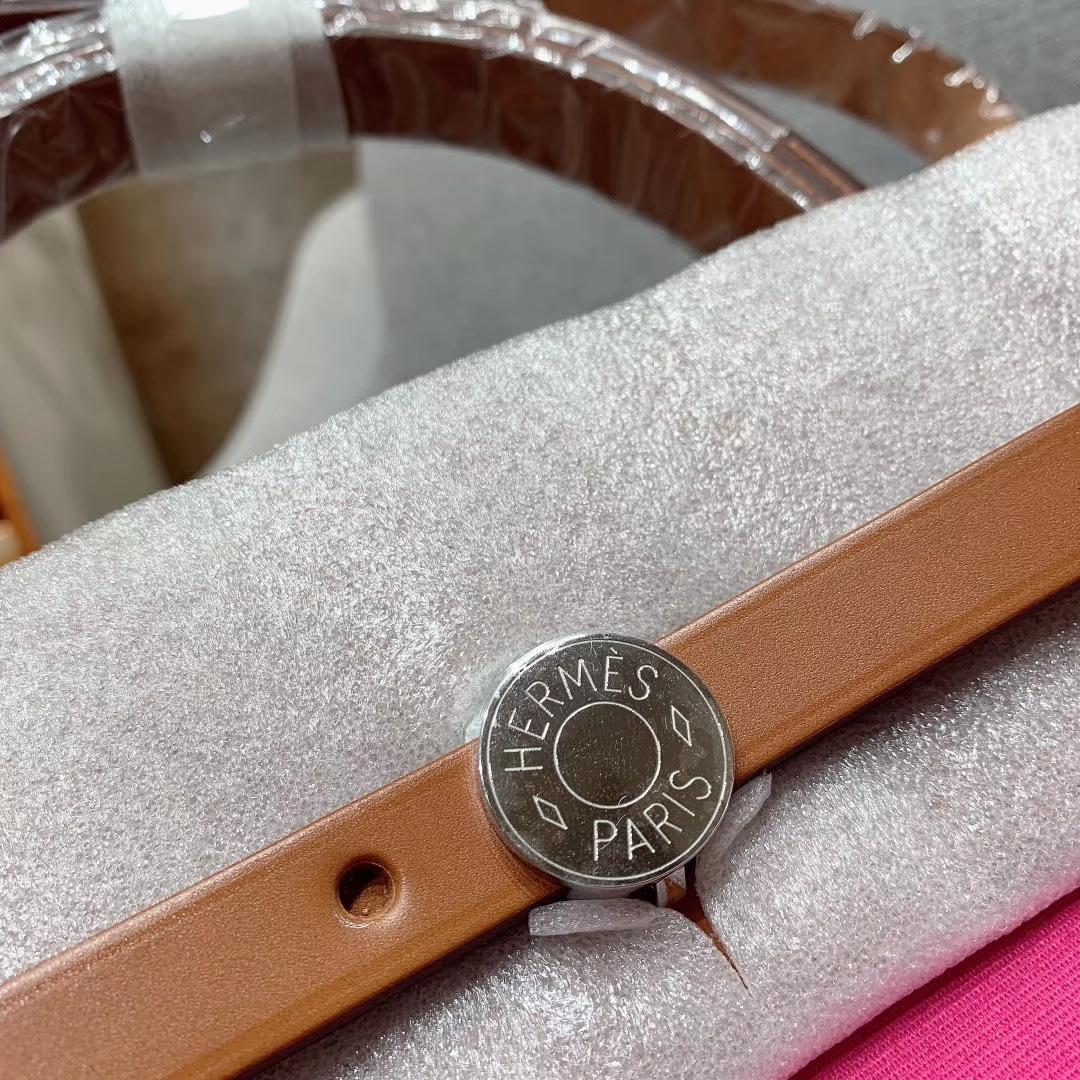 爱马仕包包 Herbag 31cm 9I玉兰粉 蜡线全手缝