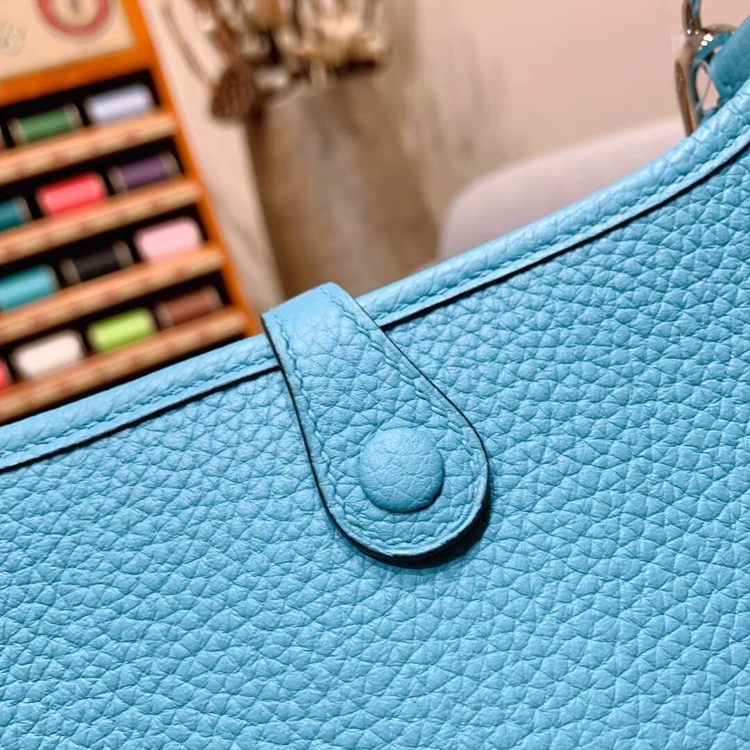 爱马仕批发 Mini Evelyn 17cm Clemence P3北方蓝 银扣 蜜蜡线手缝