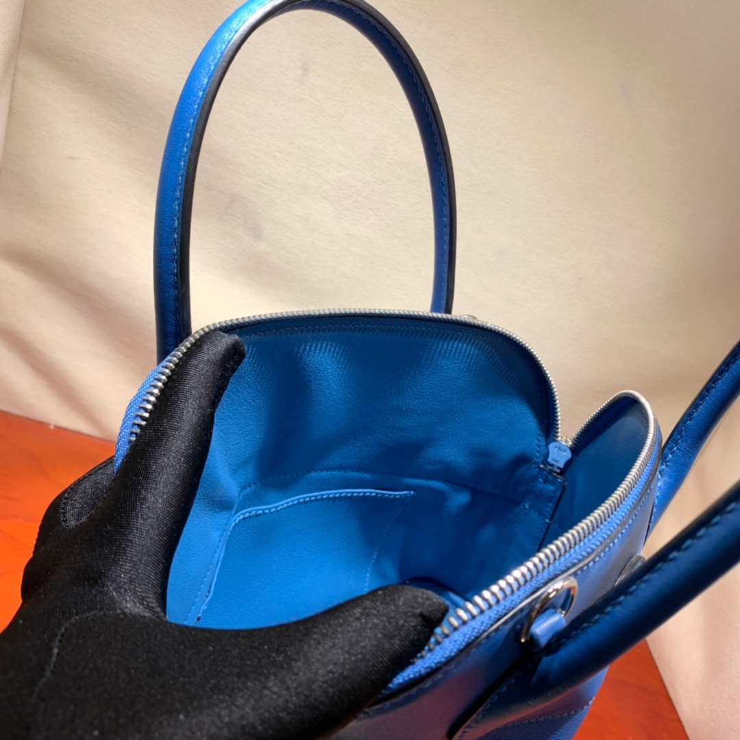 爱马仕包包批发 Bolide 27cm Swift T7水妖蓝 银扣 蜜蜡线手缝
