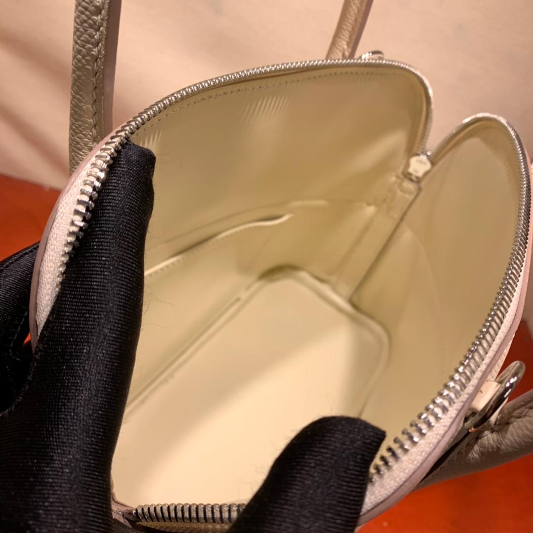 爱马仕包包批发 Bolide 27cm Epsom 10奶昔白 银扣 蜜蜡线手缝