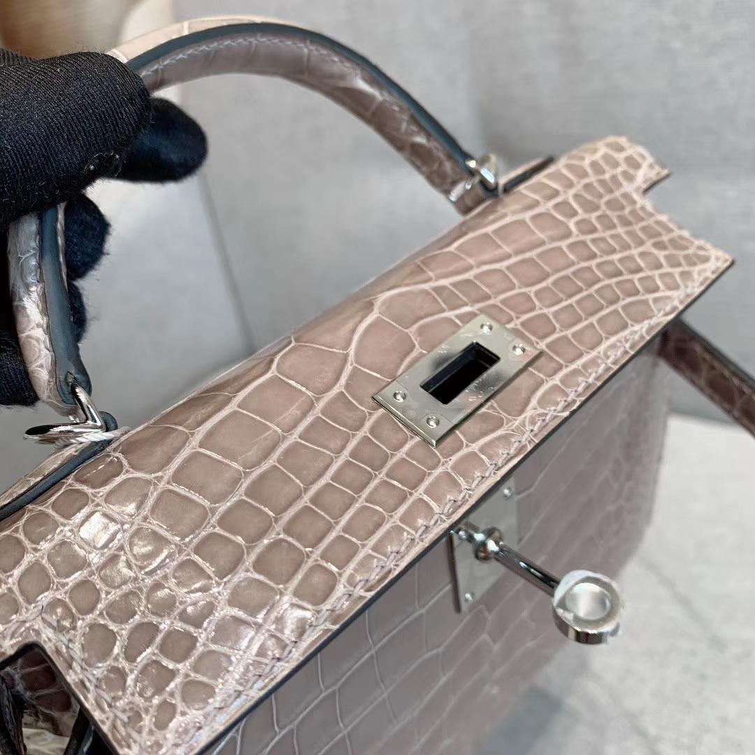 爱马仕包包批发 Mini Kelly二代 Alligator Crocodile 方块美洲鳄 81斑鸠灰 金-银扣