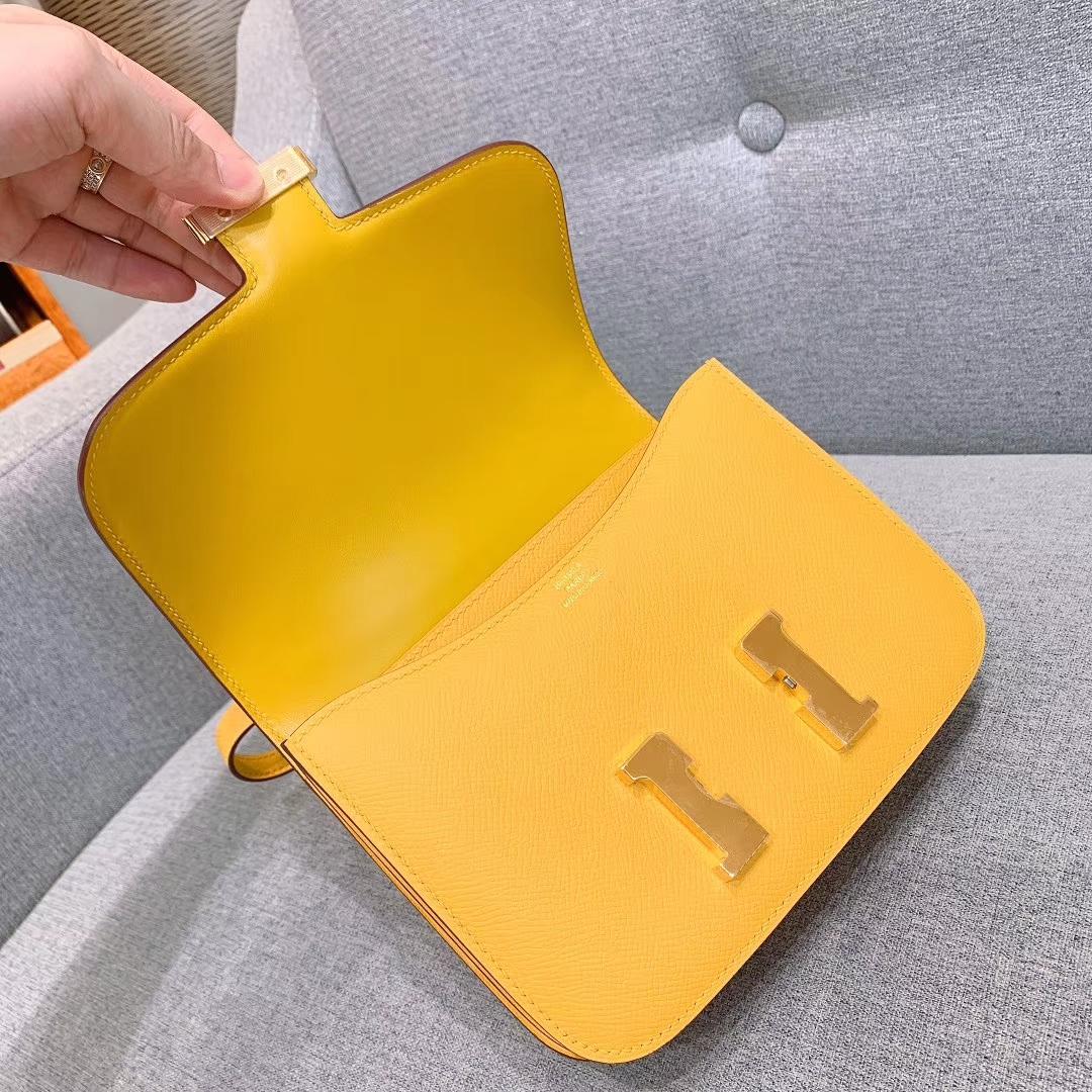 爱马仕空姐包 Constance 19cm Epsom 9D琥珀黄 金扣