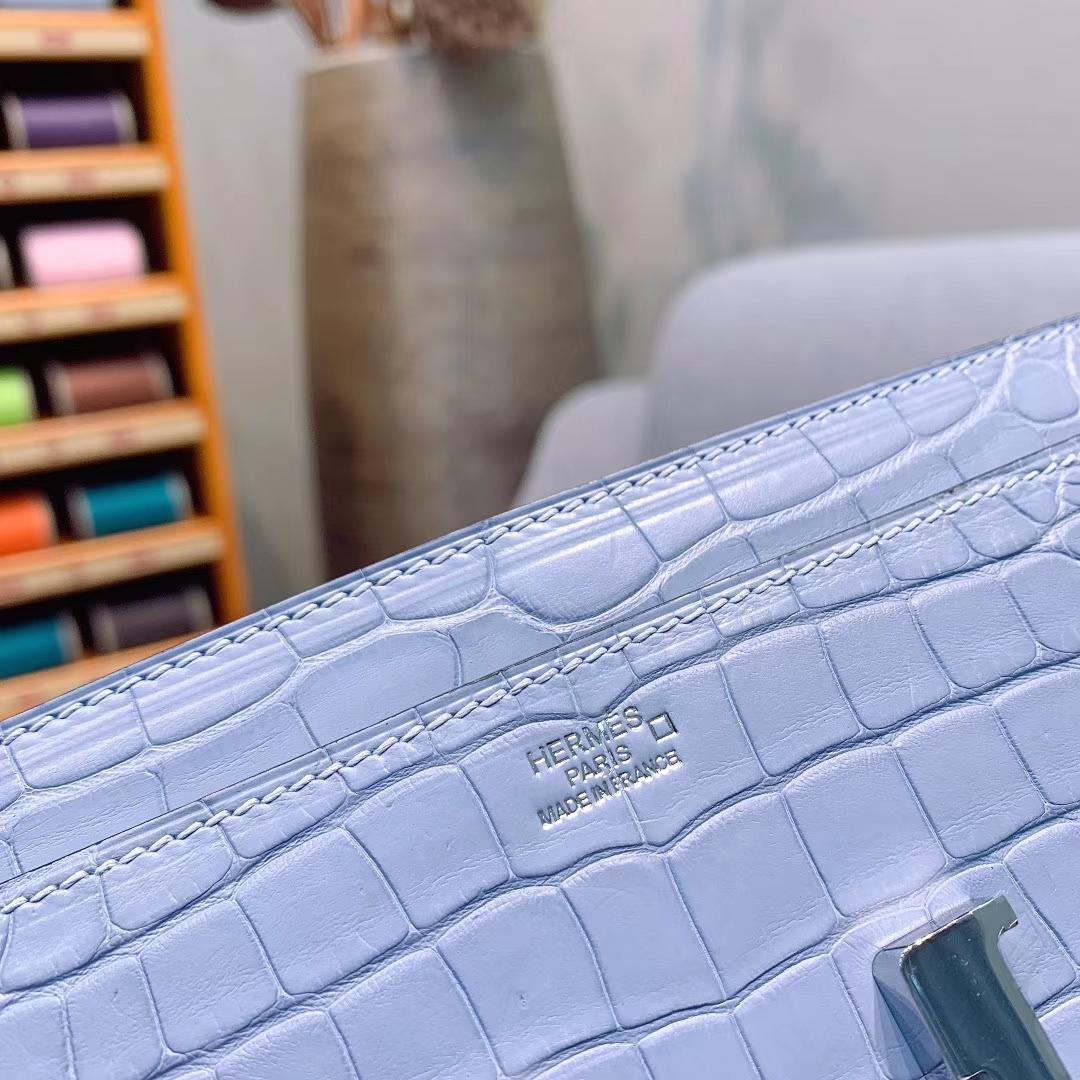 爱马仕钱夹 Constance钱夹 21.5cm Alligator雾面方块美洲鳄 雾霾蓝 银扣 全手缝蜜蜡线