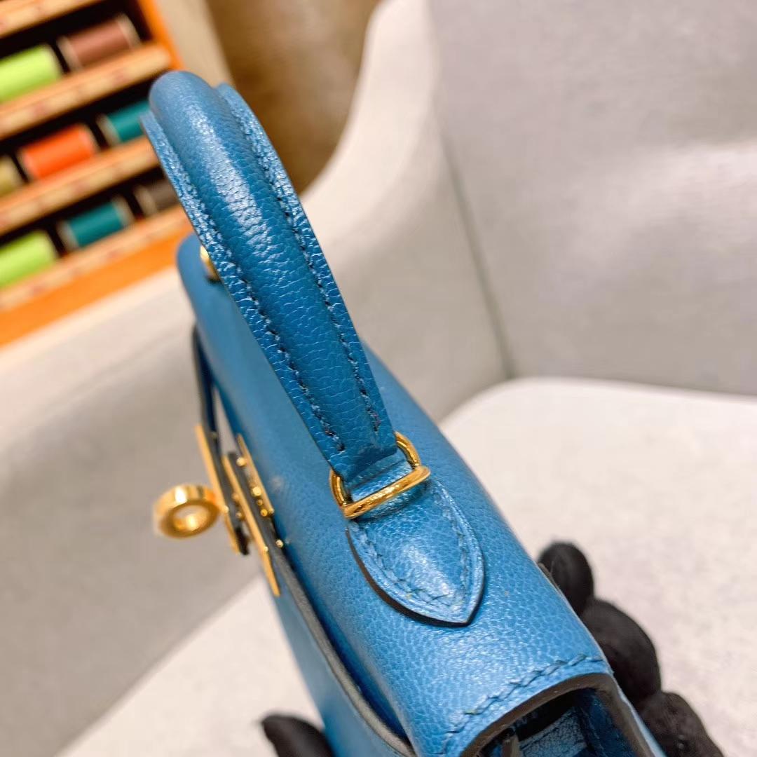 爱马仕包包批发 Mini Kelly二代 19cm Chevre山羊皮 7L普鲁士蓝 金-银扣 蜜蜡线手缝
