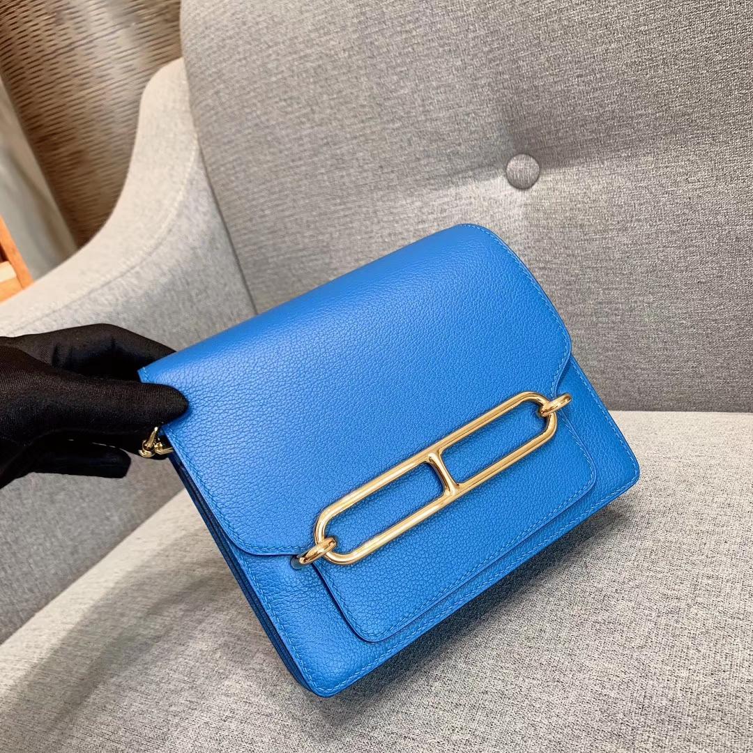 Hermes包包批发 Roulis Mini 19cm Evercolor B3坦桑利亚蓝 金扣