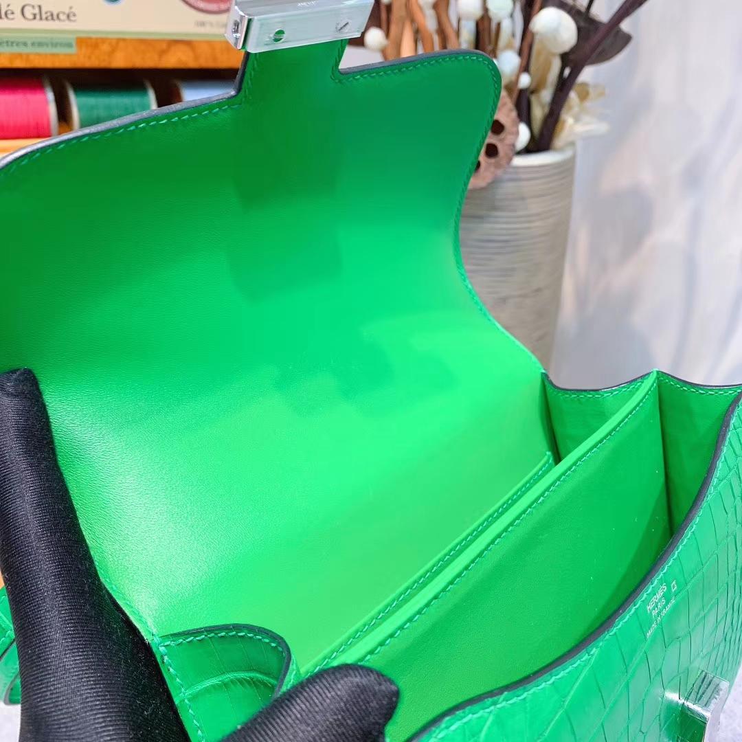 爱马仕包包 Constance 19cm Alligator 雾面方块美洲鳄 1L仙人掌绿 银扣 蜜蜡线全手缝