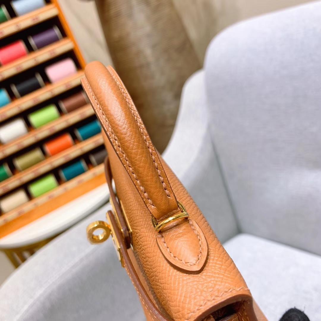 爱马仕批发 Mini Kelly二代 19cm Epsom 1H太妃糖 金扣 蜜蜡线手缝