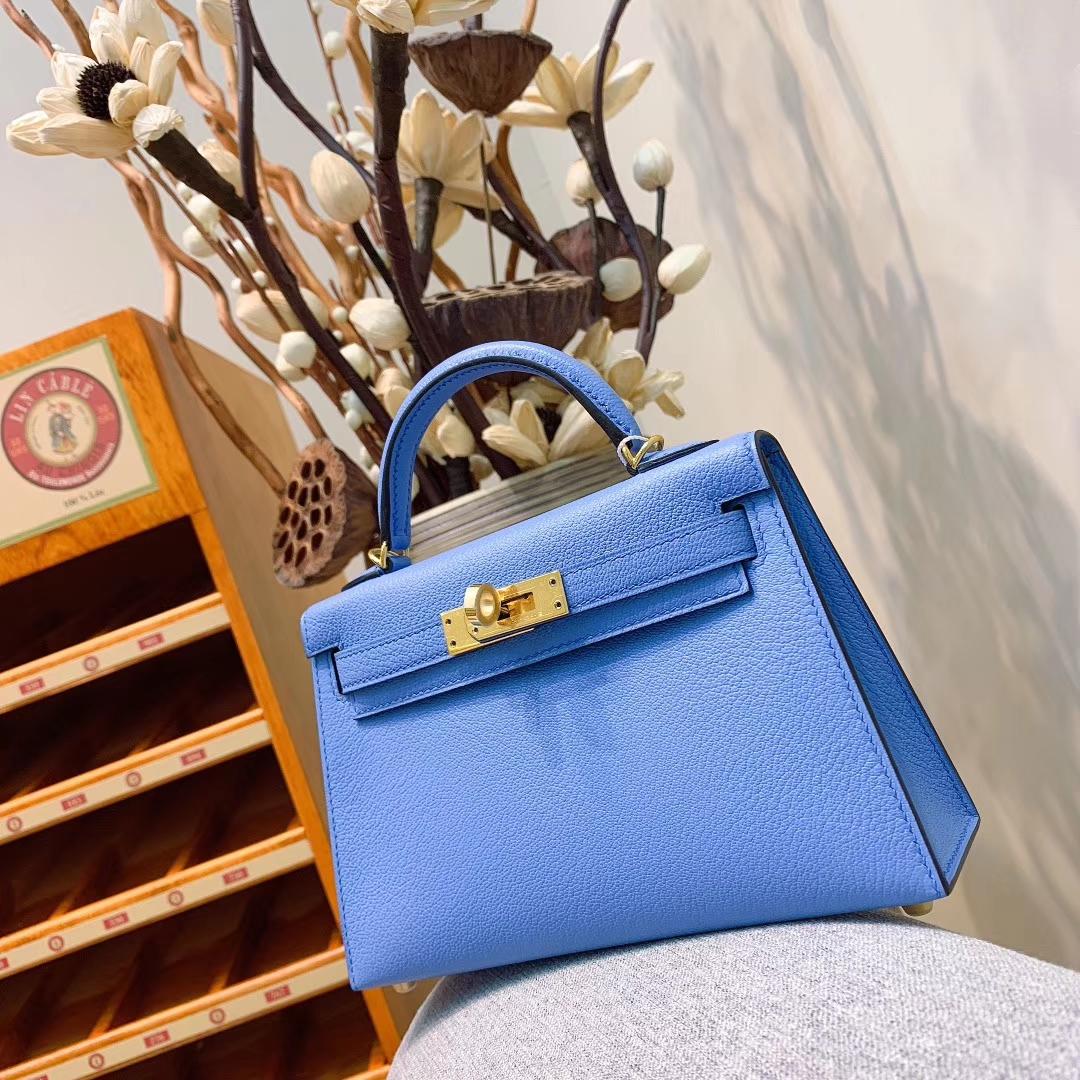 爱马仕包包 Mini Kelly2代 19cm Chevre山羊皮 2T天堂蓝 金-银扣 蜜蜡线全手缝