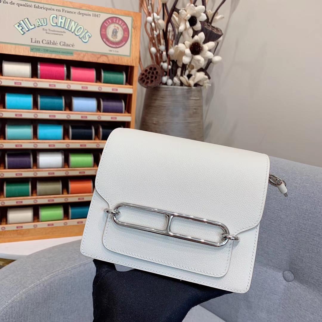 Hermes包包批发 Roulis Mini 19cm Evercolor 10奶昔白 银扣