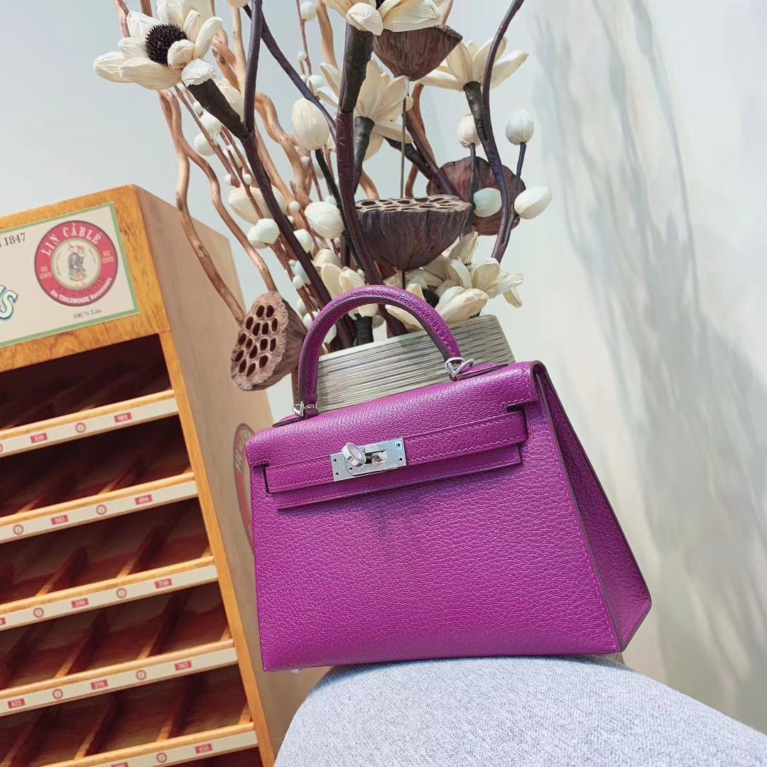 爱马仕包包 Mini Kelly2代 19cm Chevre山羊皮 P9海葵紫 金-银扣 蜜蜡线全手缝