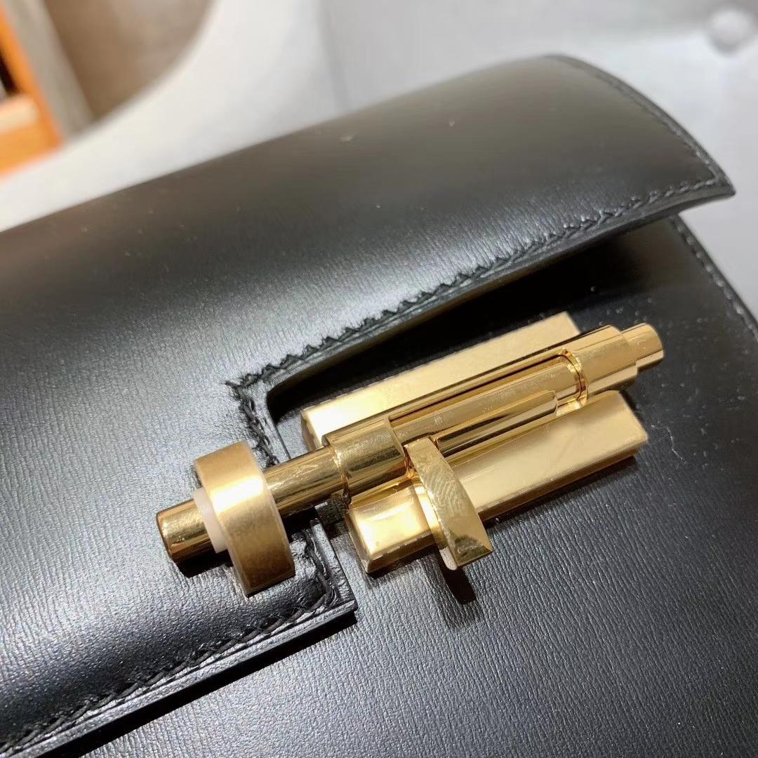 爱马仕插销包手枪包 Verrou Mini Box皮 黑色 金扣