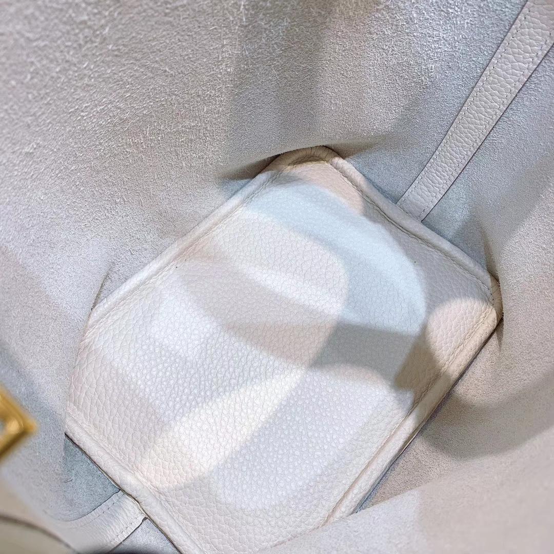 爱马仕菜篮子 Picotin Lock 18cm Clemence皮 10奶昔白 金-银扣