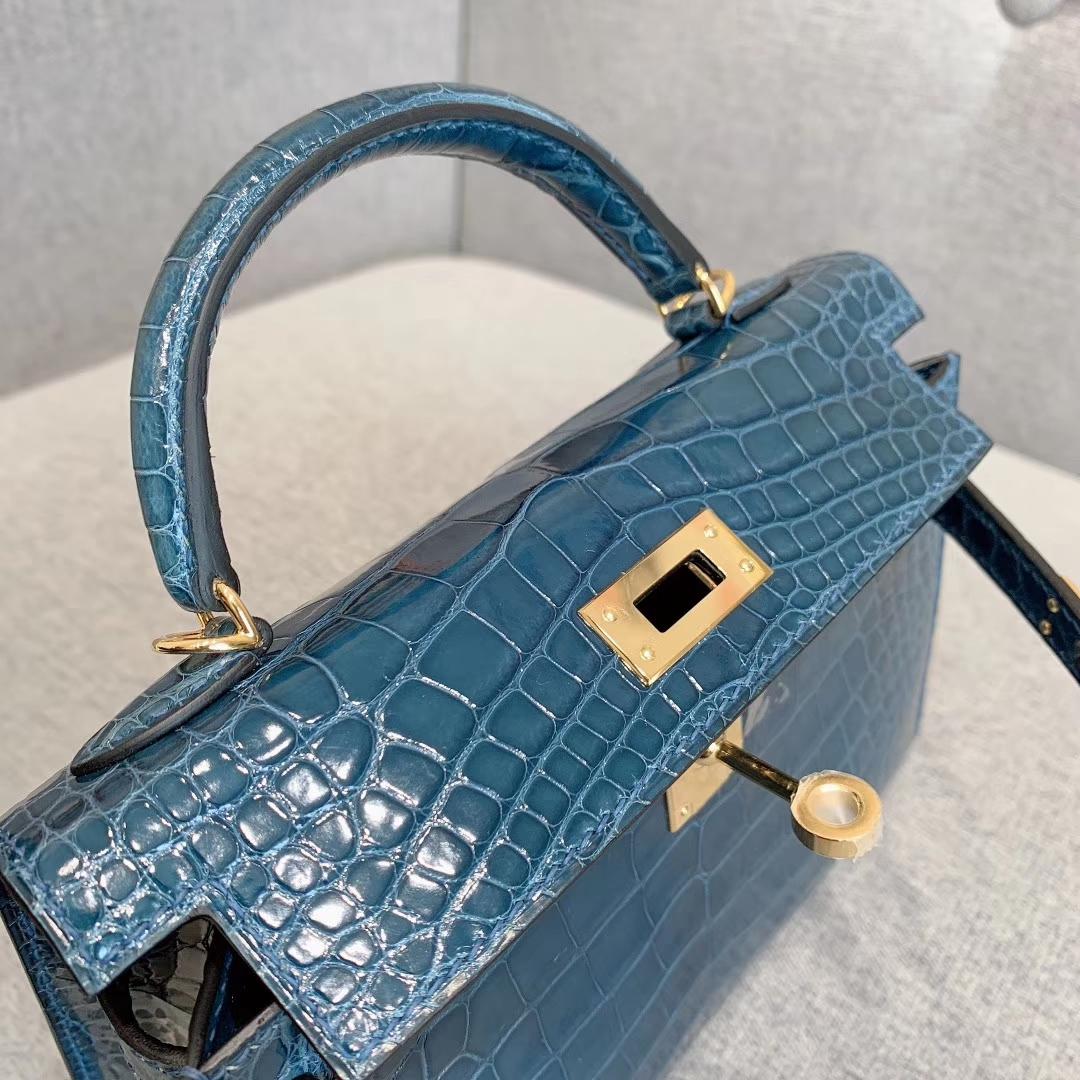 爱马仕包包批发 Mini Kelly 2代 亮面美洲方块鳄 7Q海水蓝 金-银扣