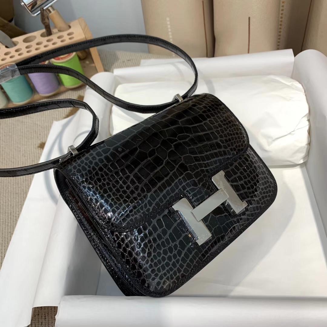 Hermes爱马仕 Constance 19cm Hcp美洲方块鳄鱼 89黑色 银扣