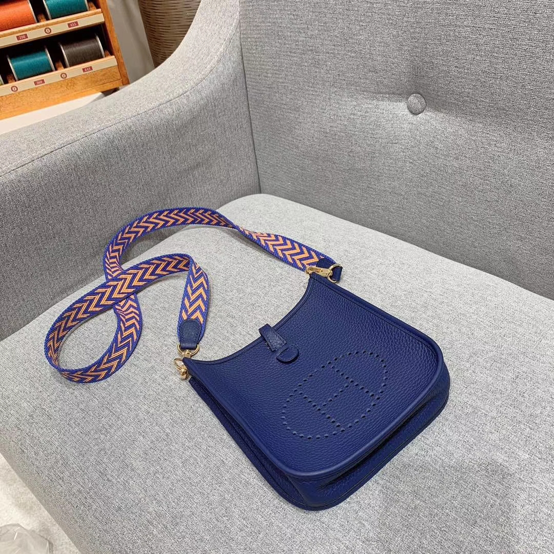 Hermes 17mini Evelyn伊芙琳 法国进口TC皮 宝石蓝 金扣 蜡线手缝