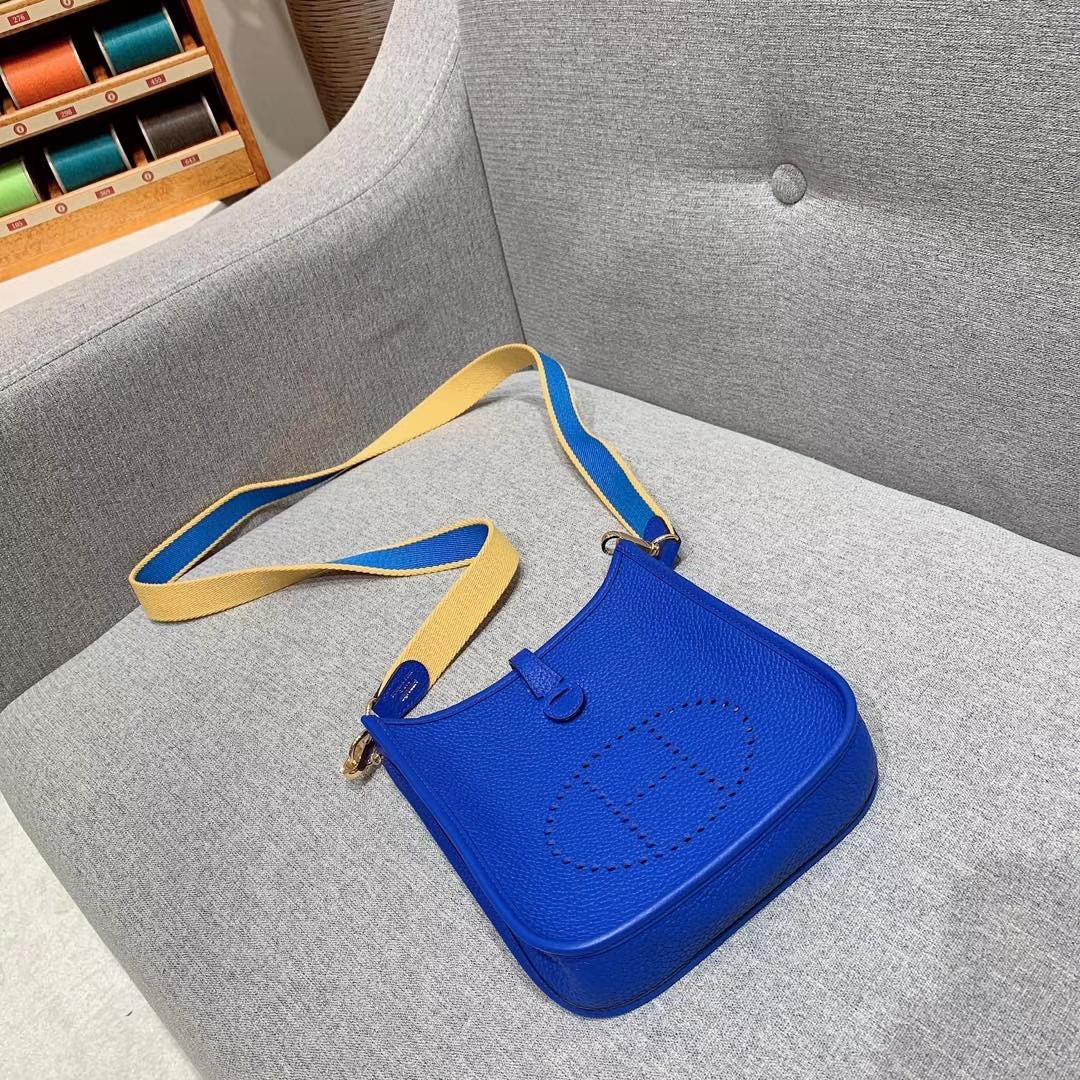Hermes 17mini Evelyn伊芙琳 法国进口TC皮 琉璃蓝 金扣 蜡线手缝