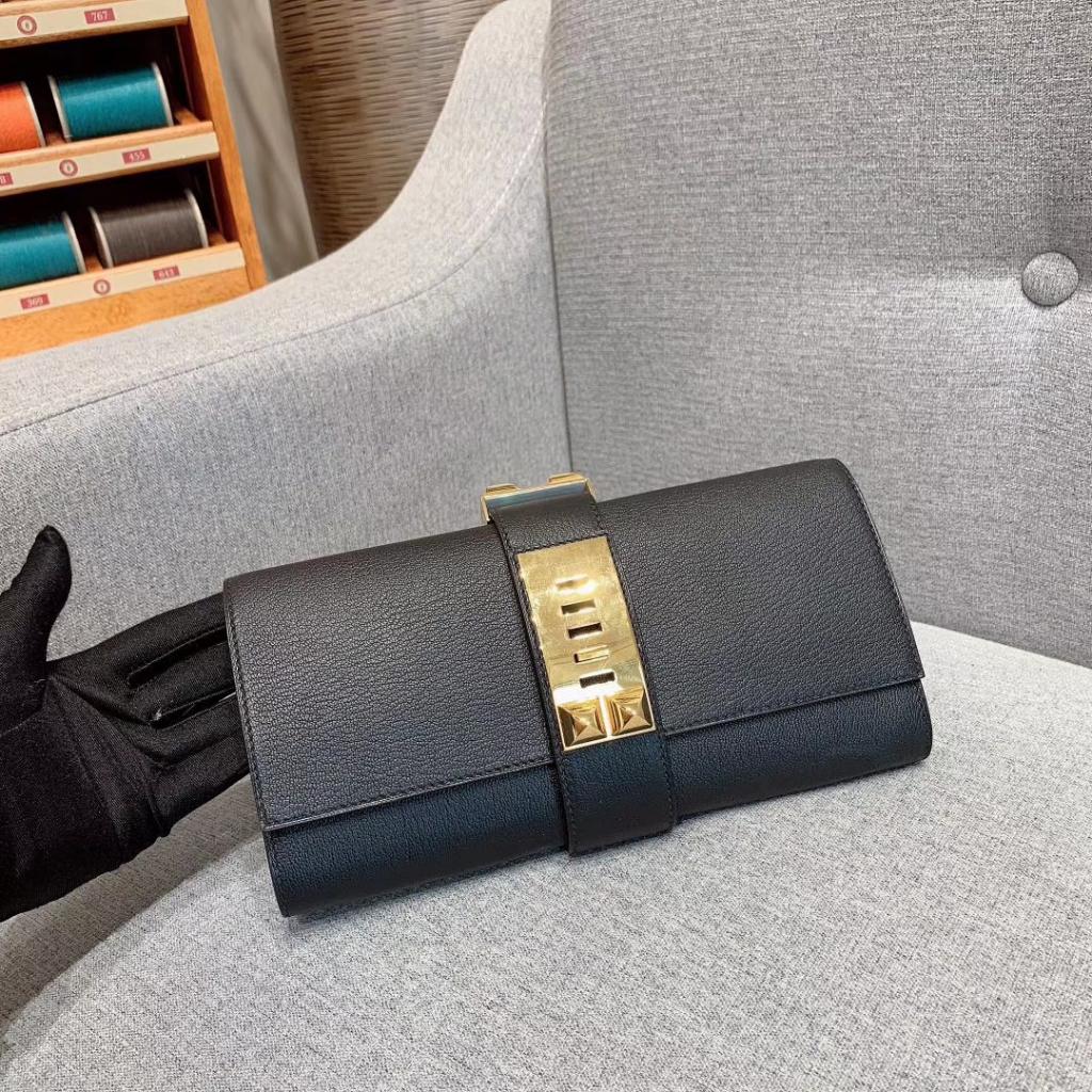 爱马仕包包 CDC手包 山羊皮 黑色 金扣 蜡线手缝