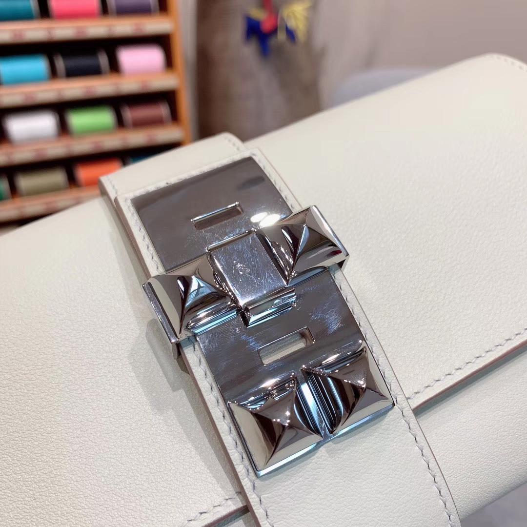爱马仕包包 CDC手包 Swift皮 奶昔白 银扣 蜡线手缝