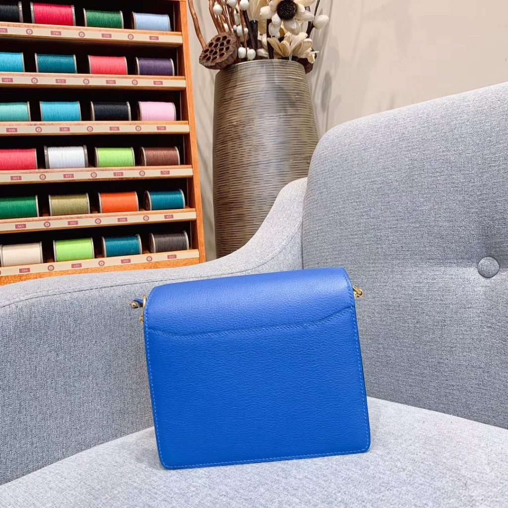 爱马仕猪鼻子 19cm Roulis 原厂Evercolor皮 希腊蓝 金扣