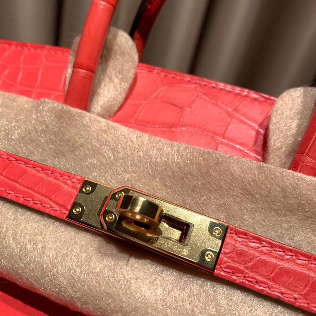 爱马仕包包 Birkin 25cm 雾面方块美洲鳄 A5杜鹃红 金扣