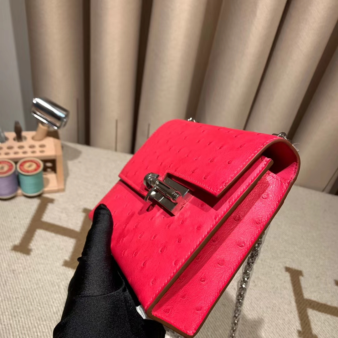 爱马仕包包 Verrou 17cm 南非鸵鸟 E5玫红色 银扣