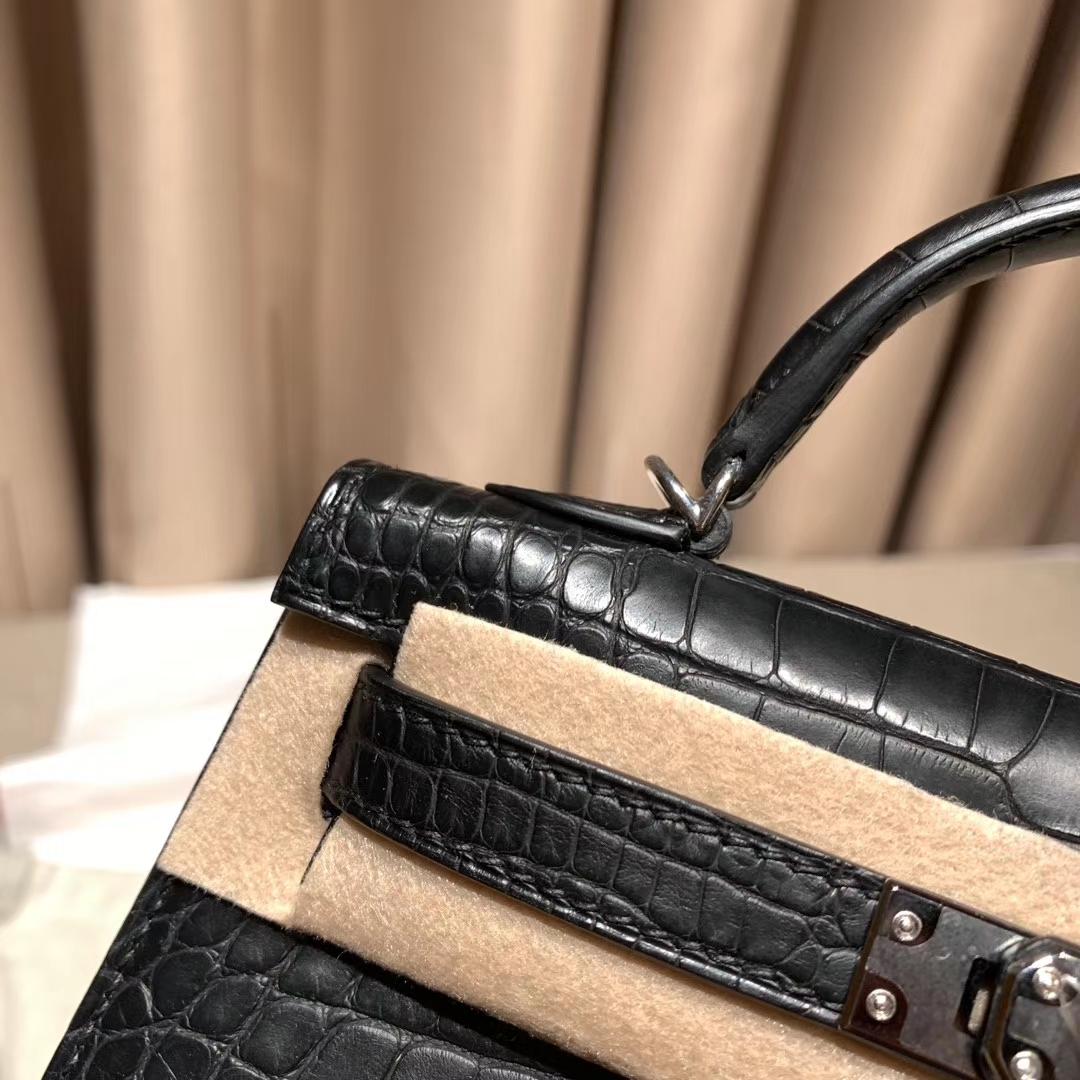 Hermes爱马仕 Mini Kelly二代 19cm 美洲雾面方块鳄鱼 89黑色 银扣