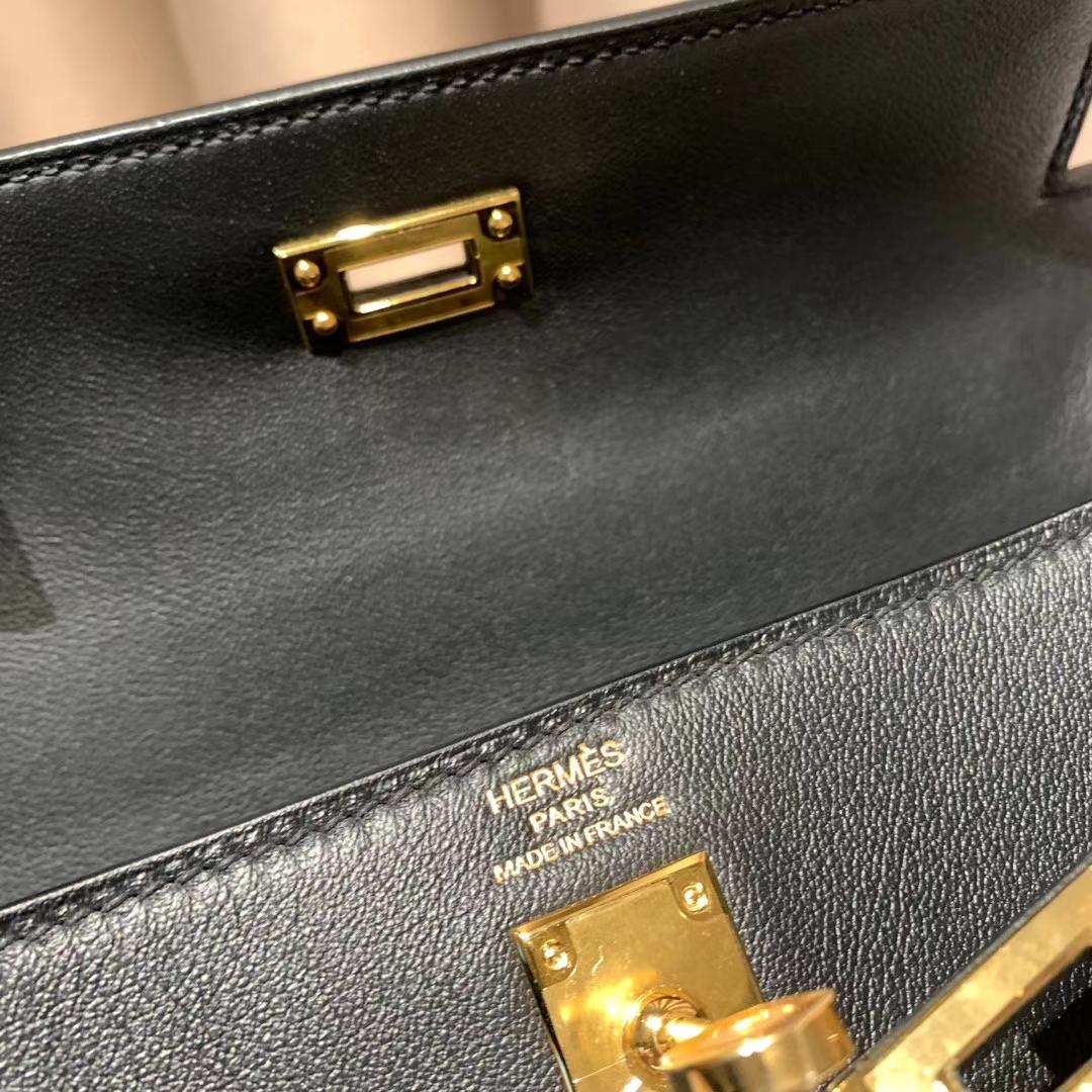 爱马仕包包 Kelly 25cm Swift 黑色 金扣