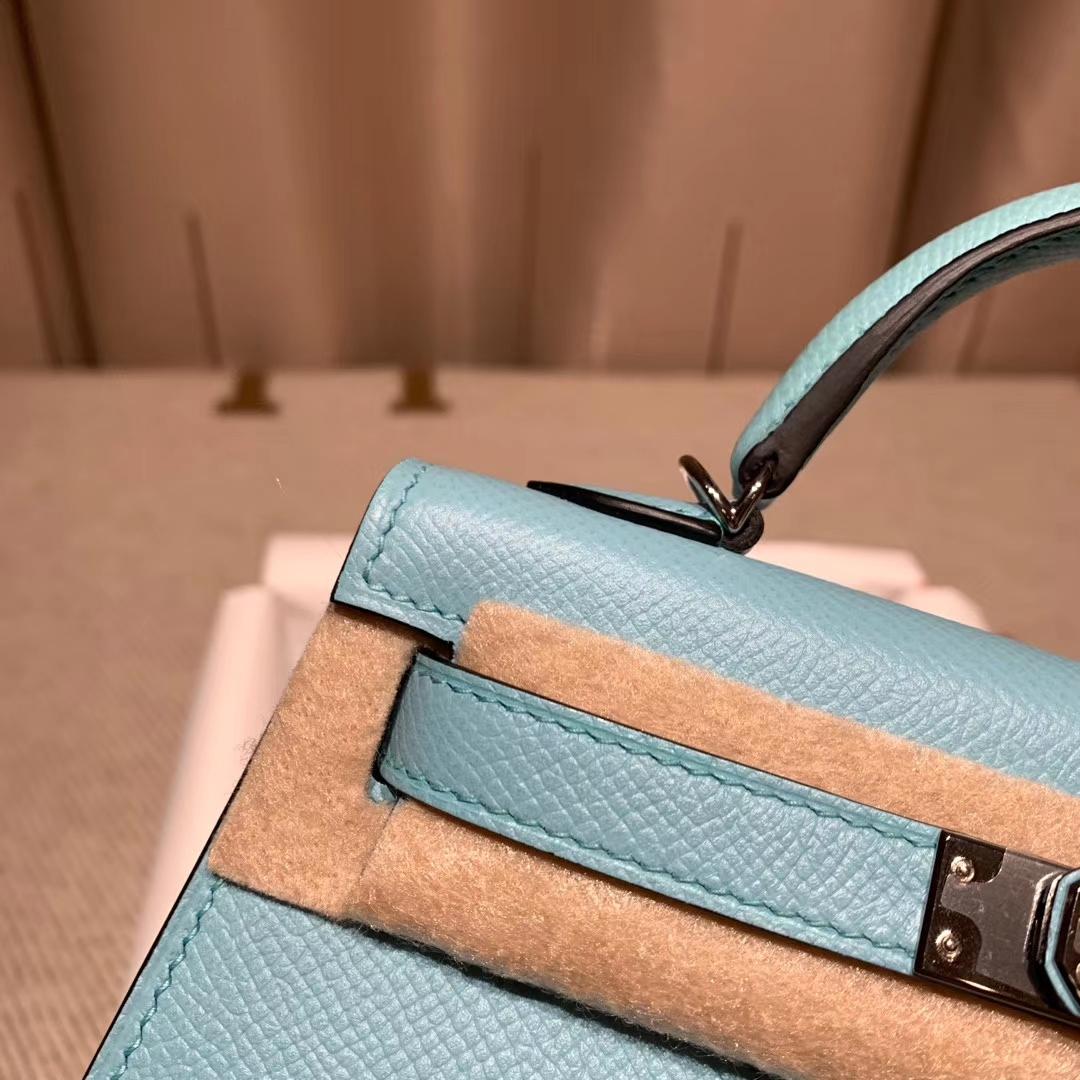 爱马仕包包官网 Mini Kelly二代 Epsom 3P马卡龙蓝 银扣 蜡线手缝