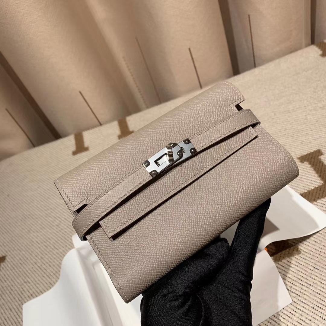 Hermes爱马仕 Kelly Compacr Waller Epsom M8沥青灰 银扣 小版的Kelly钱包
