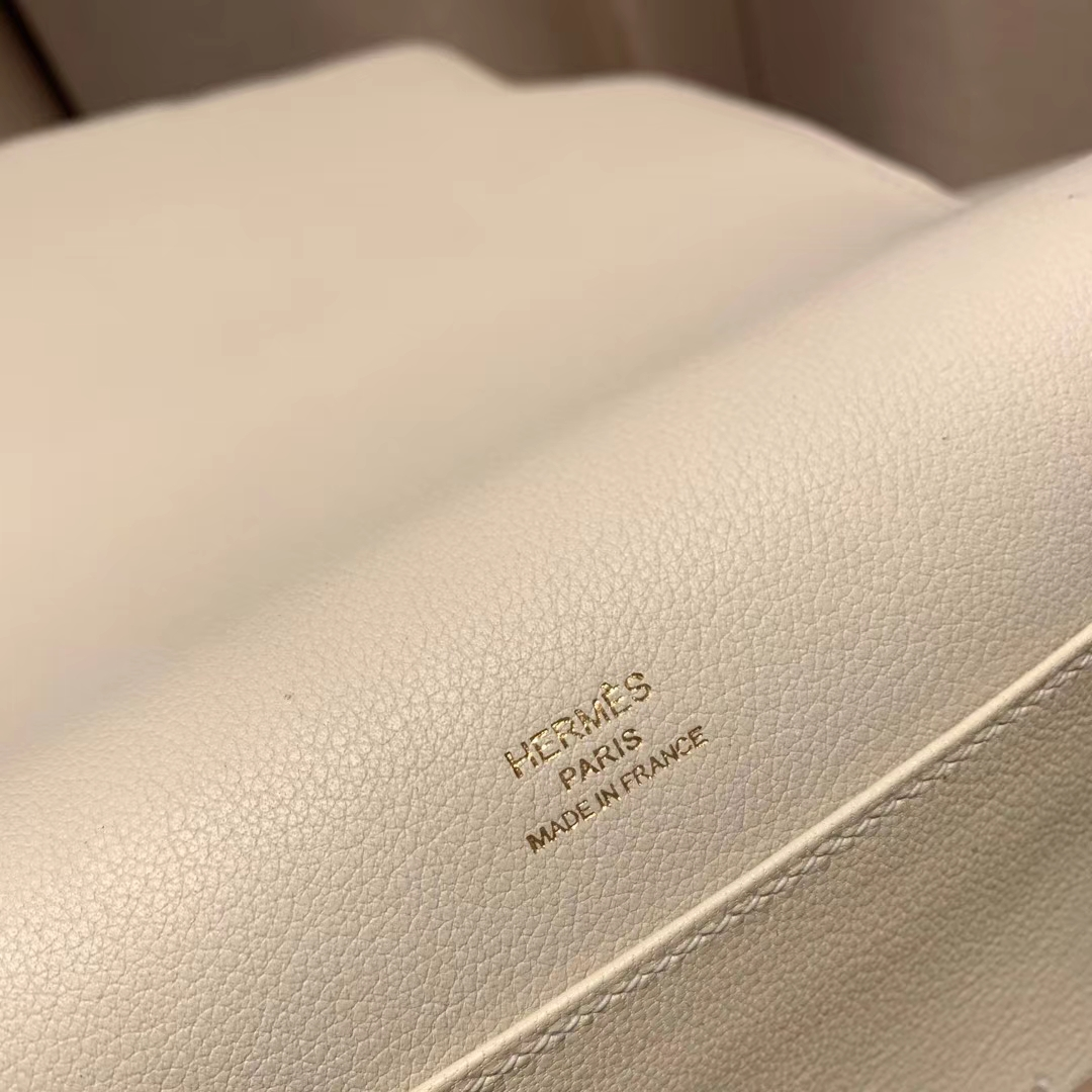 爱马仕包包 Roulis Mini 19cm Evercolor 10奶昔白 金扣