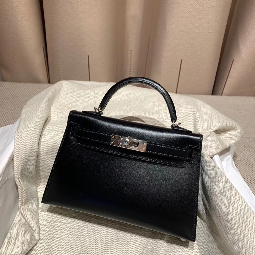 爱马仕官网 Mini Kelly 二代 19cm Box 89黑色 银扣